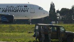هواپیماربایان هواپیمای لیبیایی تسلیم شدند