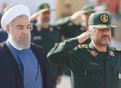 روحانی در محاصره گرگهای تفنگدار+عکس