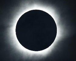 ناسا: رؤیت خورشید گرفتگی آنلاین شد + لینک