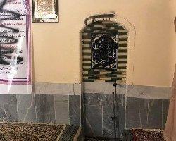 شعارنوسی علیه ملاها به درون مساجد رسید