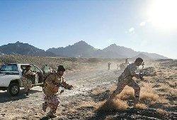 درگیری شدید میان گروهی ناشناس و پاسداران