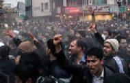 فیلم؛ تبدیل عزاداری به اعتراض ضد حکومتی