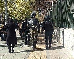 فیلم؛ حکومت نظامی اعلام نشده مقابل دانشگاه تهران