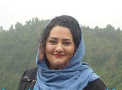 آتنا دائمی با خشونت بازداشت و به اوین منتقل شد