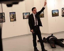 ترور سفیر روسیه در ترکیه + قیلم لحظه تیراندازی