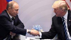 دیدار ترامپ و پوتین برای نخستین بار + فیلم
