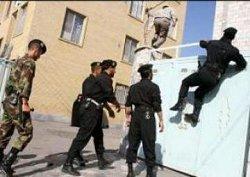 یورش به خانه های کارگران معترض هفت تپه