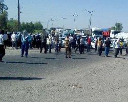 ادامه اعتصاب کارگران شرکت نیشکر هفتتپه