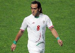 شکایت از فوتبالیست بخاطر این عکس و نوشته