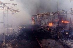 فیلم؛ بازارچه دستفروشان را آتش زدند / درگیری