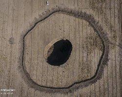عکس تکاندهنده فروچاله عظیم دشت کبودرآهنگ