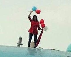 یک دختر دیگر میدان انقلاب بازداشت شد+فیلم