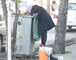 ایران؛ زبالهگردی زنان شغل غیررسمی بیکاران