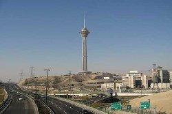 شنیده شدن صداهای مهیب از برج میلاد تهران