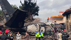 ایران؛ اخبار ضد و نقیض در باره سقوط هواپیما
