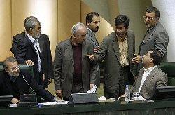 به علی لاریجانی هم اجازه سخنرانی ندادند