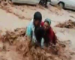سیل شیراز؛ دهها کشته / شهردار نیست+فیلم