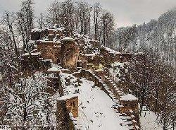 برف و بی توجهی؛ آثار تاریخی گیلان در خطرند