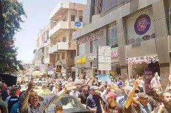 ادامه تظاهرات مردمی در سوریه و تصمیم بشار اسد