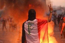 انفجار خشم معترضان عراقی علیه خامنه ای+فیلم