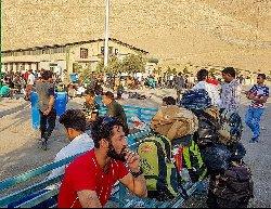 فیلم؛ حمایت مردم خوب ایران از پناهجویان مظلوم افغان