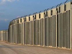 مهاجران افغان؛ یونان هم یک حصار مرزی نصب کرد