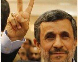 محمود احمدینژاد به چه دلیل از کشور خارج شده است؟
